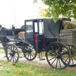 Die Kutsche bringt Nathanael in die Stadt